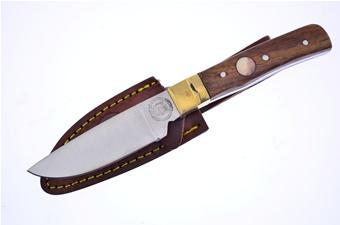 "7.5"" Rosewood Hunter w/Sheath"
